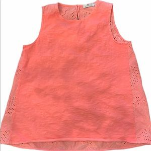Vineyard vines pink tank top